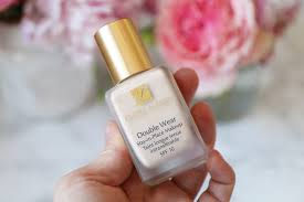 Review Estee Lauder Double Wear Foundation Before After