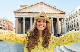 What to <b>Wear</b> in Italy: Packing List (<b>2019</b> Update)