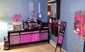 diy makeup vanity table. Diy Old Buffet Table Turned Makeup Vanity, Painted Furniture Vanity 0