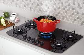 As tomadas devem ficar fora do móvel em que o cooktop está embutido. Pedra Para Cooktop Conheca Os 6 Estilos Que Estao Em Alta Na Decoracao Homepedia