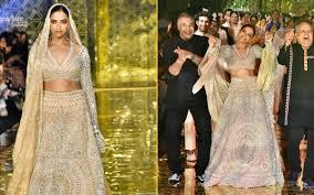 Deepika Padukone Designer Name Deepika Padukone Wore Abu Jani Design Lehenga In Fashion