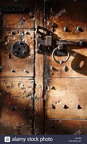 old door lock mechanism