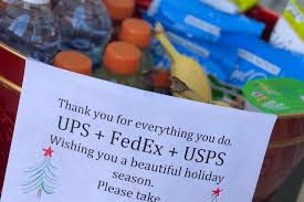 can you give a postal carrier a gift or tip the guidelines and some great ideas