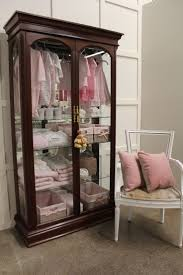 Amish Cabinet Doors 17 Best Images About Amish Curio Cabinets On Pinterest Queen