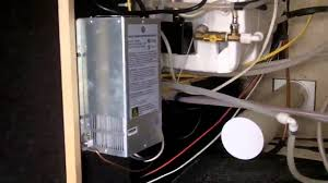 how does the 12v system in your rv 5th wheel really work? youtube  at 1993 Teton Homes 5th Wheel Fuse Box