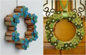 Christmas Door Wreaths  18 Craft Ideas With Cheap MaterialsChristmas Crafts From Recycled Materials