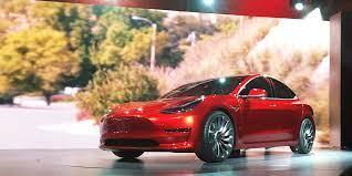 Tesla sinks after missing Model 3 ...