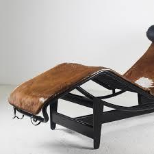 lounge chair 1974 by le corbusier le corbusier lounge chair cowhide