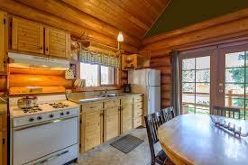 log cabin kitchen settling