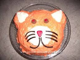 Simple Homemade Cat Face Birthday Cake