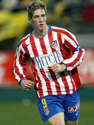 Atlético madrid is een spaanse voetbalclub, opgericht in 1903 en uitkomend in de primera división. 16 Different Logos In One Season When Atletico Madrid Changed Its Kit Sponsor Every Time A New Movie Came Out Footy Headlines
