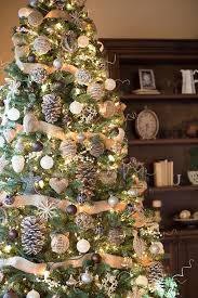 Pinner wrote: When it comes to decorating a tree, I've learned a lot! These  are my 3 tips to make a tree look magical! It works on every single  Christmas ...