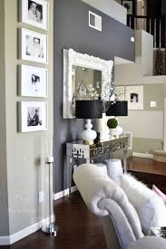 furniture color combination. i feel like this is beautiful but also could be done with any other color replacing black ex light green wall dark shades furniture combination o