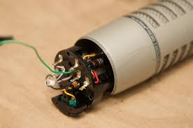 refurbishing a classic microphone the electro voice re20 jeff Re20 Wiring Diagram electro voice re20 mic circuit with wires Shure SM7B