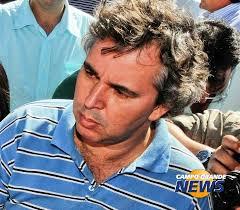 O jornalista Denilson Pinto: edição extra de jornal e lembras rememoradas por amigos do Facebook. (Foto: Álbum pessoal) - wm-640x480-4e6ccc813362300f58c9b726b284e29631cf2dc206fb0