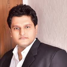 Vivek's previous film to hit the theatres was sir in the year. Vivek Gomber Height Age Girlfriend Family Biography More Starsunfolded