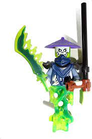 LEGO Ninjago Zane Figurine Selection Kai Jay Cole Golden Ninja Lloyd & Many  More with Galaxy Arms: Amazon.de: Spielzeug