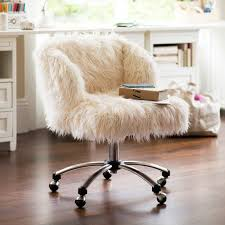 whimsical faux fur office chair makeover a boring chair gets transformed using faux fur and pops of turquoise upcycledtreasures com