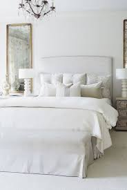 99+ Modern And Elegant White Master Bedroom Decoration Ideas ...