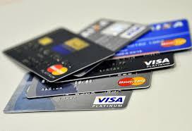 Juros do rotativo do cartão de crédito chegam ao recorde de 482,1% ao ano    Agência Brasil