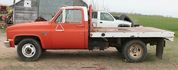 1981 Chevrolet Scottsdale C30 flat bed truck | Item H3696 | ...