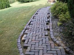 Brick Walkway Patterns Custom Brick Walkway Lined Design For Inexpensive Walkway Design