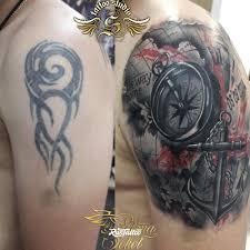 фото татуировки якорь в стиле трэш полька татуировки на плече