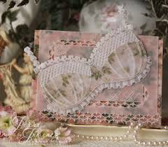 i created a card base for the bridal using a pattern designed by linda williams in pergamano magazine 22 published at the end of 2009