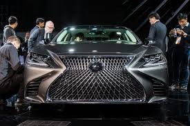 2018 lexus v8. brilliant 2018 2018 lexus ls at naias front image  2017 mark stevensonthe truth to lexus v8