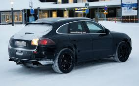 Caught: Porsche Macan Crossover Plays in the Snow