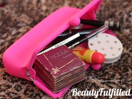 what s in my make up bag