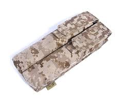 <b>FLYYE MOLLE Double</b> P90/UMP Magazine Pouch Military camping ...