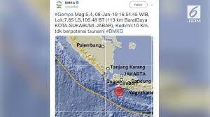 Langsung cari tahu pusat gempanya di mana dengan akses web bmkg, lihat aplikasi bmkg. Berita Jakarta Gempa Hari Ini Kabar Terbaru Terkini Liputan6 Com