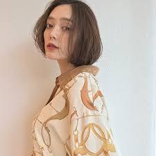 2018年秋冬女性ファッションの傾向ヘアスタイルは 名古屋市中区