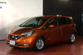 2018 nissan note. simple nissan 2017 nissan note front view inside 2018 nissan note