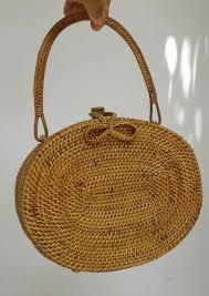Hasil gambar untuk tas rotan yola bali