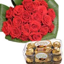 bouquet of 18 red roses n ferrero