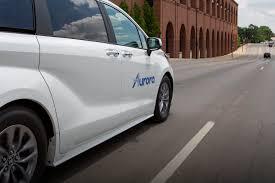 'tain c'est un compte parodique !. Aurora Strikes Deal With Toyota Denso To Develop Test Self Driving Sienna Minivans