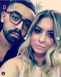 Linkedin is the world's largest business network, helping professionals like victoria caputo discover inside connections to recommended job candidates. Long Island Medium Theresa Caputo S Ex Larry In Sappy Post With New Gal Bad Timing Soap Dirt