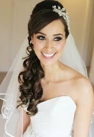 Die Besten 25 Hochzeitsfrisur Lange Haare Mit Schleier Ideen Auf