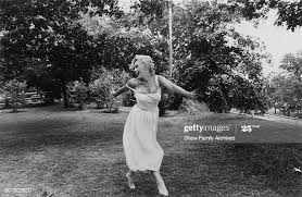341 Marilyn Fields Photos and Premium High Res Pictures - Getty Images