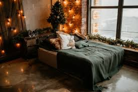 how to decorate a warm and cozy bedroom