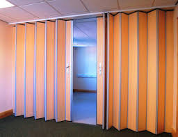 Sliding Wall Dividers Accordion Room Dividers Commercial Room Dividers Pinterest