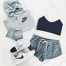 nike outfits. trendy halter sleeveless slimming color block crop top for women. fitness outfitsnike nike outfits n
