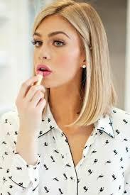 Image Coiffure Blonde Carré Coupe De Cheveux Femme