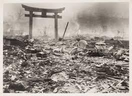 Resultado de imagen de bomba atomica fotos