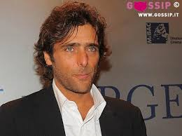 Adriano Giannini. COMMENTA ORA! - adriano_giannini_3eb6