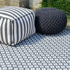 unique large outdoor plastic rugs living room rugs outdoor plastic rugs recycled plastic outdoor rugs canada