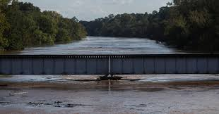 Waters Were Rising On The Cape Fear River In North Carolina After Hurricane Florence S High Winds And Heavy Rains Hit The State Creditcredit Victor J Blue For The New York Times