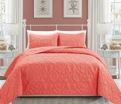 Quilt & Coverlet Sets & Seashell Coral Reversible Bedspread/Quilt Set Adamdwight.com